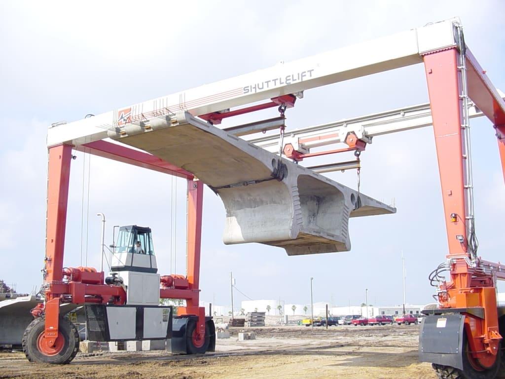 ISL Shuttlelift Crane Moving Concrete
