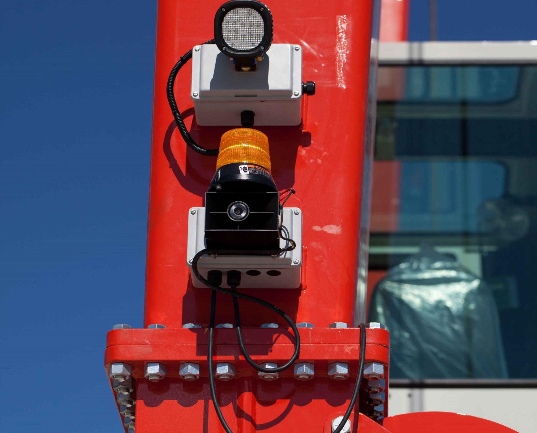 4 Crane LED Lights and Alarms for Material Handling Safety