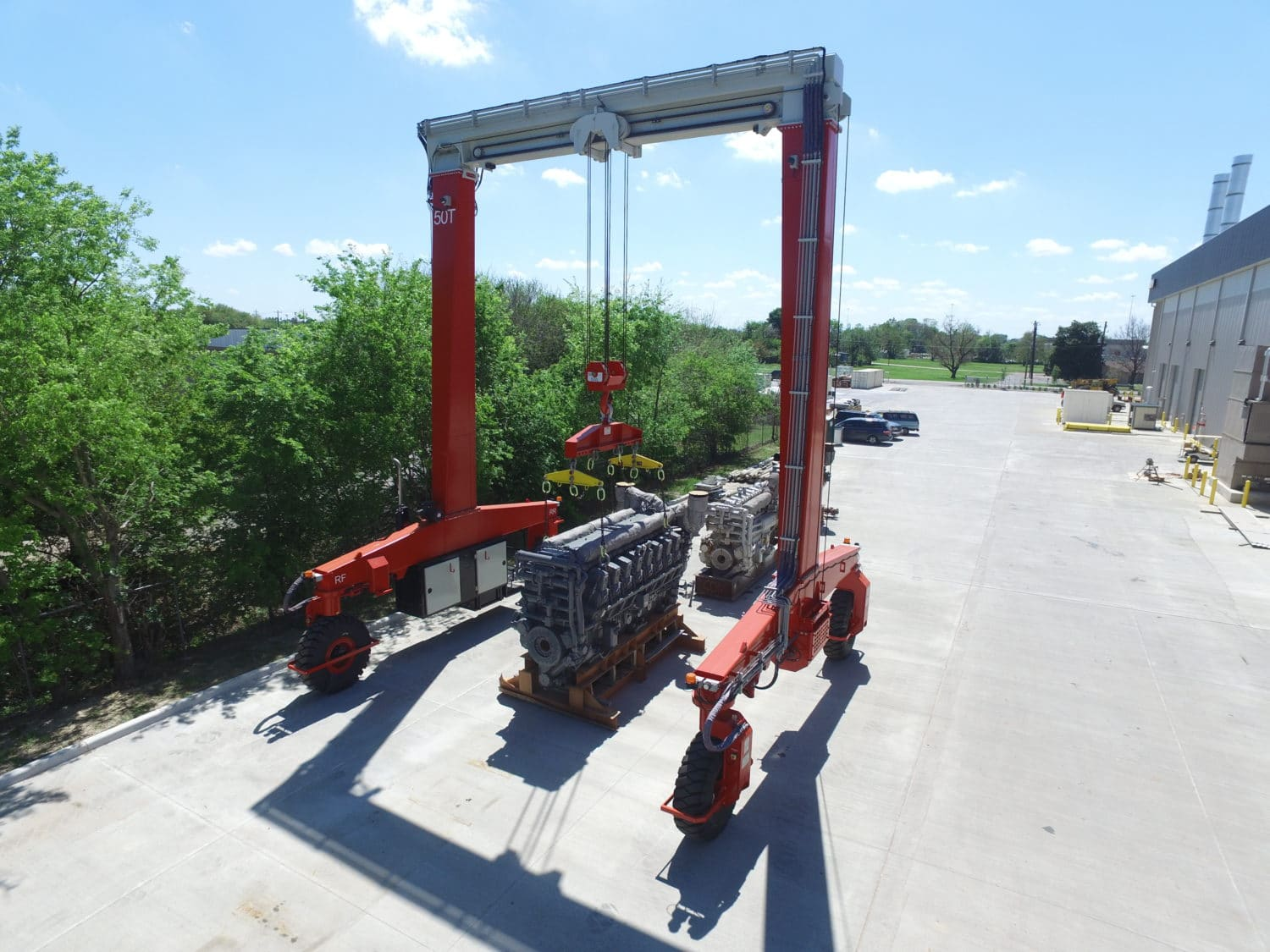 Shuttlelift Mobile Cantry Crane Picking Power Gen