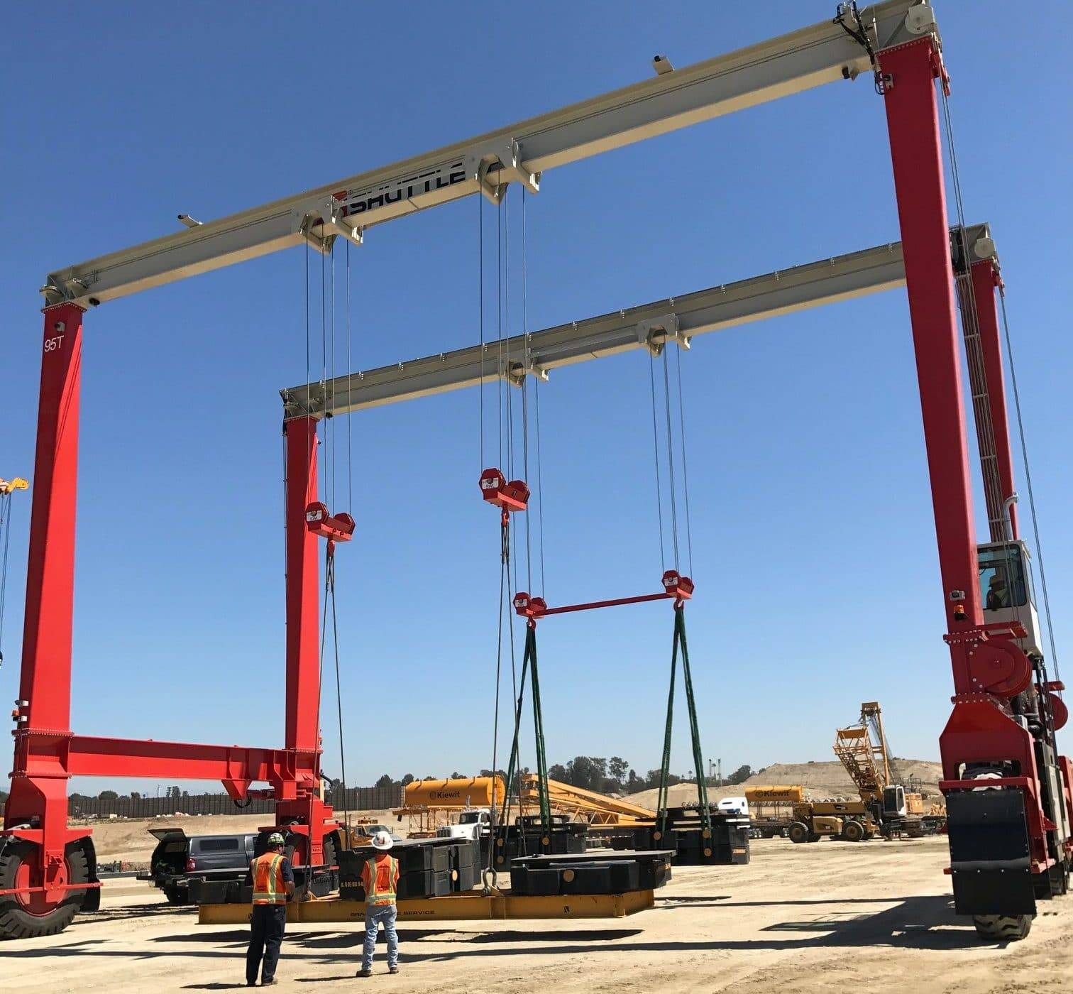Shuttlelift Crane on Construction Site Lifting