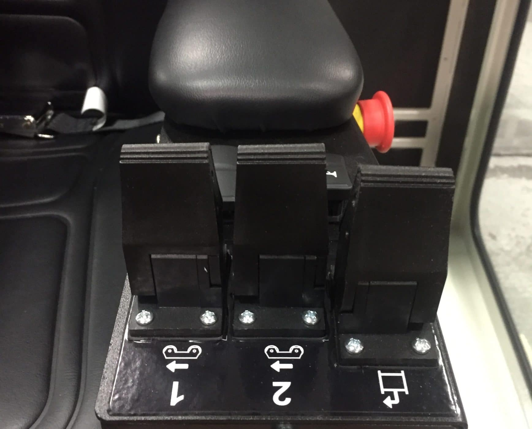 DB steering control