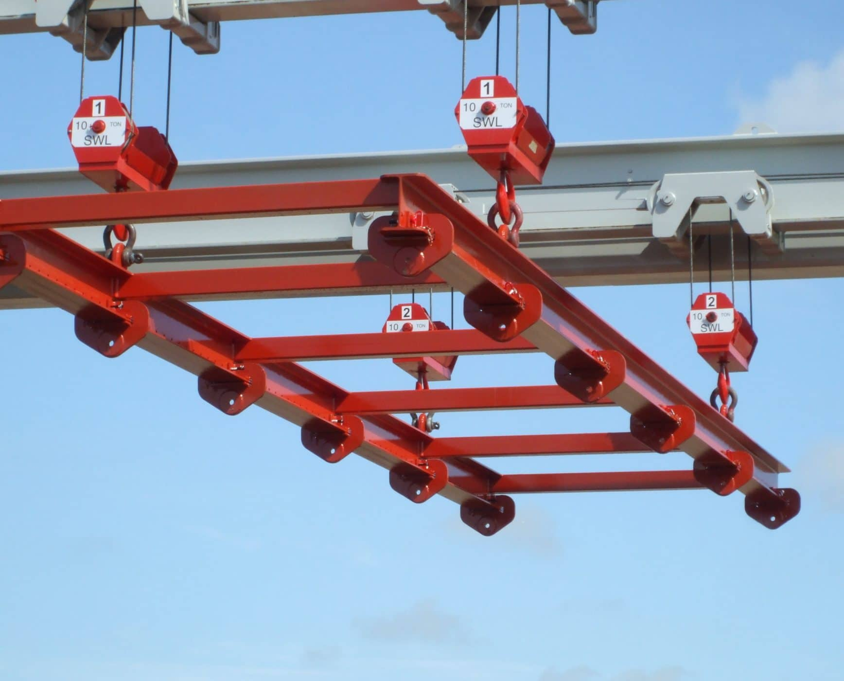 Crane Maximum Spreader from Shuttle lift
