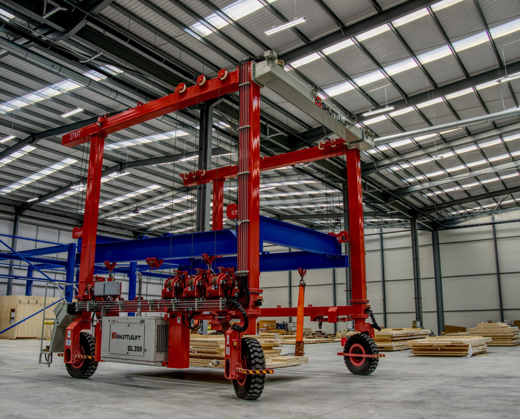 Shuttlelift SL35 gantry crane container handling application in the UK