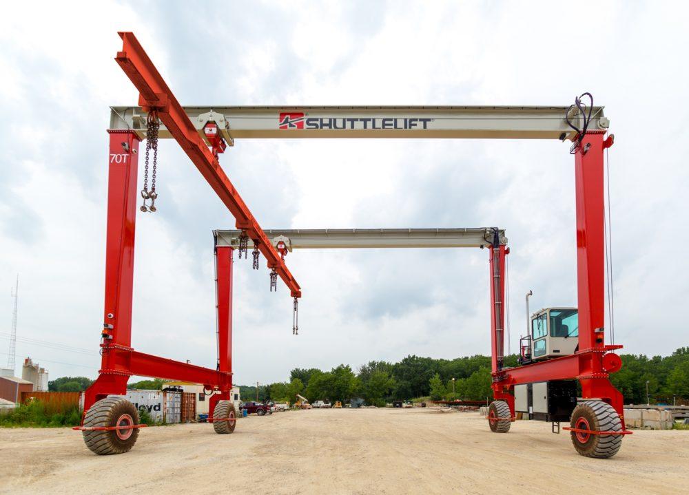 Shuttlelift DB Series rubber-tired gantry crane