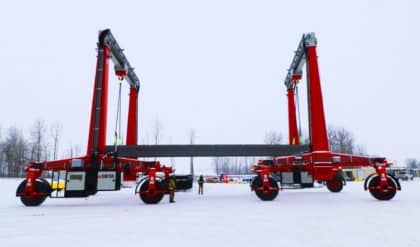 Shuttlelift SB series cranes making tandem pick