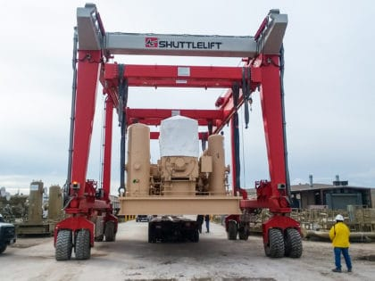 Crane for Lifting Power Equipment